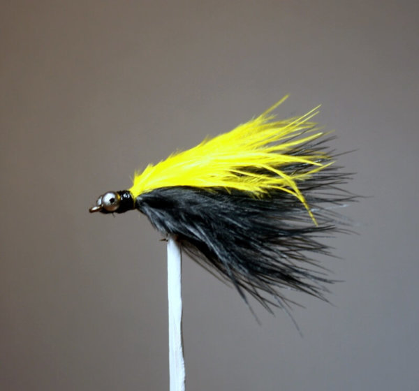 Marabou Skunk Yellow and Black with Short Streamers (1 1/2 inches)